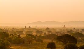 De zonsopgang van Bagan royalty-vrije stock foto
