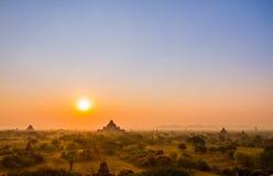 De zonsopgang van Bagan stock fotografie
