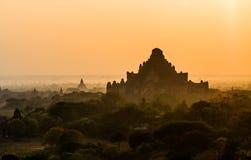 De zonsopgang van Bagan stock afbeeldingen