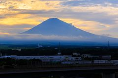 De zonsopgang van bergfuji in Japan Stock Foto