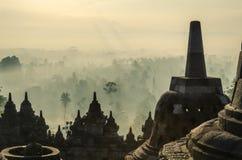 De zonsopgang van Borobudur stock afbeeldingen