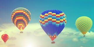 De zonsopgang van de Hete luchtballons van de de lentezon royalty-vrije stock foto