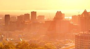De zonsopgang van Montreal stock afbeelding