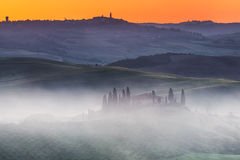 De zonsopgang van Toscanië Stock Foto's