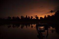 De zonsopgang van Wat van Angkor Stock Foto's