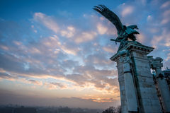 De zonsopgangstandbeeld van Boedapest Stock Afbeelding