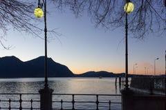 de zonsopgangverbania van de lago maggiore kust royalty-vrije stock foto