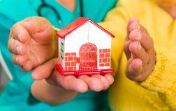 De zorg van het huis Royalty-vrije Stock Afbeeldingen