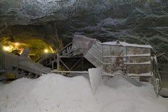 De zoute pan van Slanicprahova - de zoute ruimte van de oogstmachine Royalty-vrije Stock Fotografie