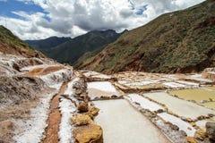 De zoute pannen in Maras Stock Afbeeldingen