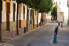 De zuiden-Europese kleurrijke straten illustreren kunst in eenvoudige vormen Royalty-vrije Stock Fotografie