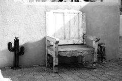 De zuidwestelijke stoel van het stijlterras Royalty-vrije Stock Afbeelding