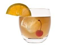 De Zure cocktail van de whisky op een witte achtergrond Royalty-vrije Stock Fotografie