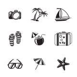 De zwart-wit die pictogrammen van de de zomervakantie worden geplaatst met - Royalty-vrije Stock Afbeelding