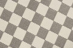 De zwart-witte achtergrond van de leertextuur, het naadloze patroon van het controleursschaak Royalty-vrije Stock Afbeeldingen