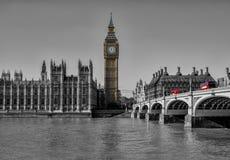 De zwart-witte brug de Big Ben van Londen westminister Royalty-vrije Stock Afbeeldingen