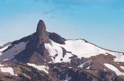 De zwarte berg van de Slagtand in Garibaldi Park, Fluiter, B Royalty-vrije Stock Foto's