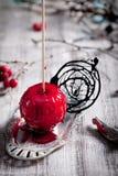 De zwarte en rode gekarameliseerde appelen van Halloween Royalty-vrije Stock Afbeelding