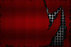 De zwarte en rode scheur van de koolstofvezel op het zwarte metaalnetwerk Royalty-vrije Stock Fotografie