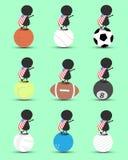 De zwarte het beeldverhaaltribune van het mensenkarakter op sportenbal en de handen omhoog boven met de golvende Verenigde Staten Royalty-vrije Stock Fotografie