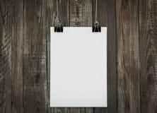 De zwarte klem en het Witboek hangen royalty-vrije illustratie