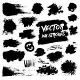 De zwarte slagen van de inktborstel Slordige vector grunge Royalty-vrije Stock Foto's