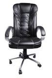 De zwarte stoel van het leerbureau die op wit wordt geïsoleerde Stock Afbeelding