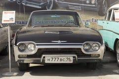 De zwarte versie van Ford Thunderbird 1963 Stock Afbeelding