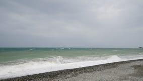 De Zwarte Zee tijdens het onweer stock video