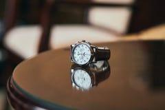 De Zwitserse horloges zijn op de lijst royalty-vrije stock foto's