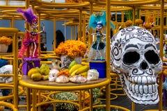 Dead Dia de los Muertos Decoration -墨西哥城,墨西哥的天 库存图片