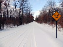 Dead end road. Sign on snow-covered road Royalty Free Stock Photography