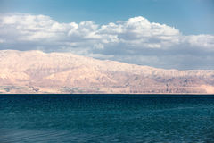 Dead Sea with mountain view Stock Photography