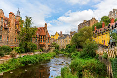 Dean Village in Edinburgh, Schotland stock foto