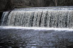 Dean Village Rushing Waterfall stock foto
