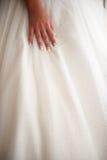Deatail de la mano de la novia Fotografía de archivo libre de regalías
