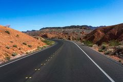 Death Valley - дорога Стоковое Фото