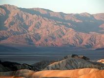 Death Valley de point de Zabriskie au coucher du soleil photos stock