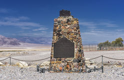 Death Valley. The Death Valley 49ers gateway, Inscription. Through this natural gateway the Death Valley Forty-niners. More than one hundred emigrants from the Stock Photo