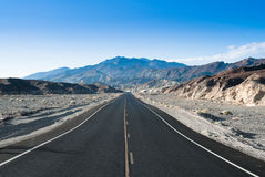 Death valley highway Stock Photography