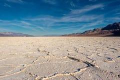 Death Valley nationalpark - Badwater handfat Arkivbilder