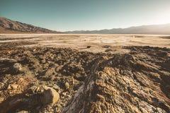 Death Valley ofruktbar markpanorama arkivbild