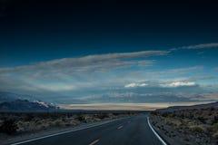 Death Valley väg Fotografering för Bildbyråer