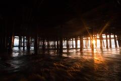 Debaixo do cais de Santa Monica Imagens de Stock Royalty Free