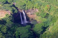 Debajo de las caídas de Wailua Fotos de archivo libres de regalías