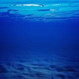 Debajo del agua imagen de archivo