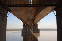 Debajo del puente del río amarillo Imagen de archivo libre de regalías