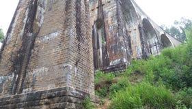 Debajo del puente Demoodara Sri Lanka de nueve arcos Fotografía de archivo