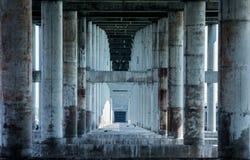 Debajo del puente en Miami foto de archivo