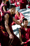 Debatendo monges Imagem de Stock Royalty Free